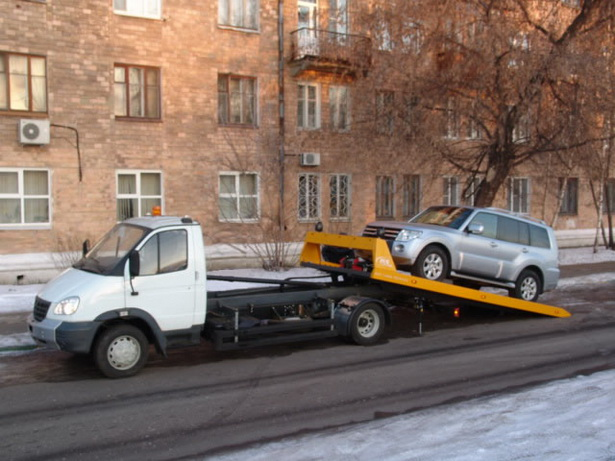Авто эвакуатор (ЮЗАО) - дешево эвакуировать легковой автомобиль в Москве 2