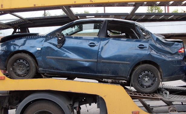 Доставка легкового авто манипулятором 1-3 тонны 3