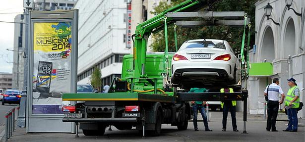 Эвакуация автомобиля в Москве - стоимость эвакуации манипулятором 2